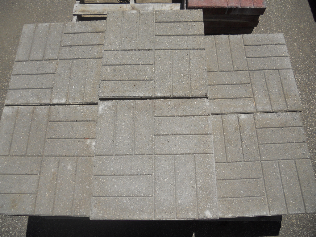 18 X Brick Face Paver